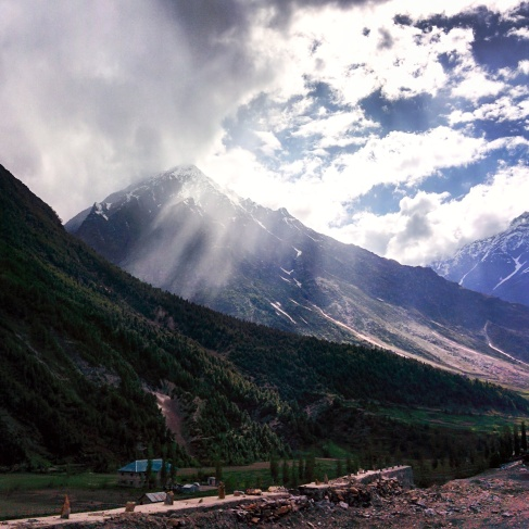 Ji Ba tara Himalayas (Long live the Himalayas)